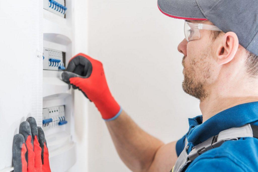 Guide de la mise aux normes électriques