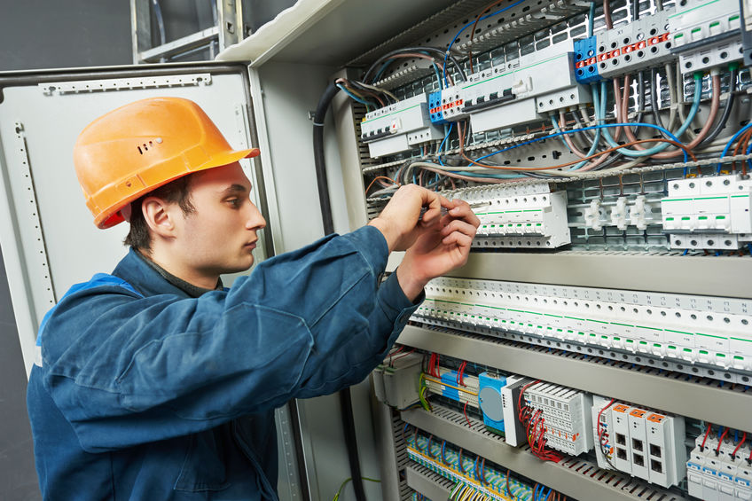 Quelles sont les étapes de la mise aux normes d'une installation électrique?